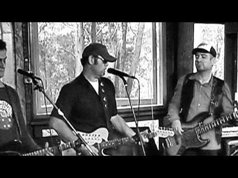 Perry Keyes - Matraville Trees (Live)