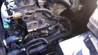 видео Как провести замену салонного фильтра в Citroen C4 и 5: пошаговая инструкция