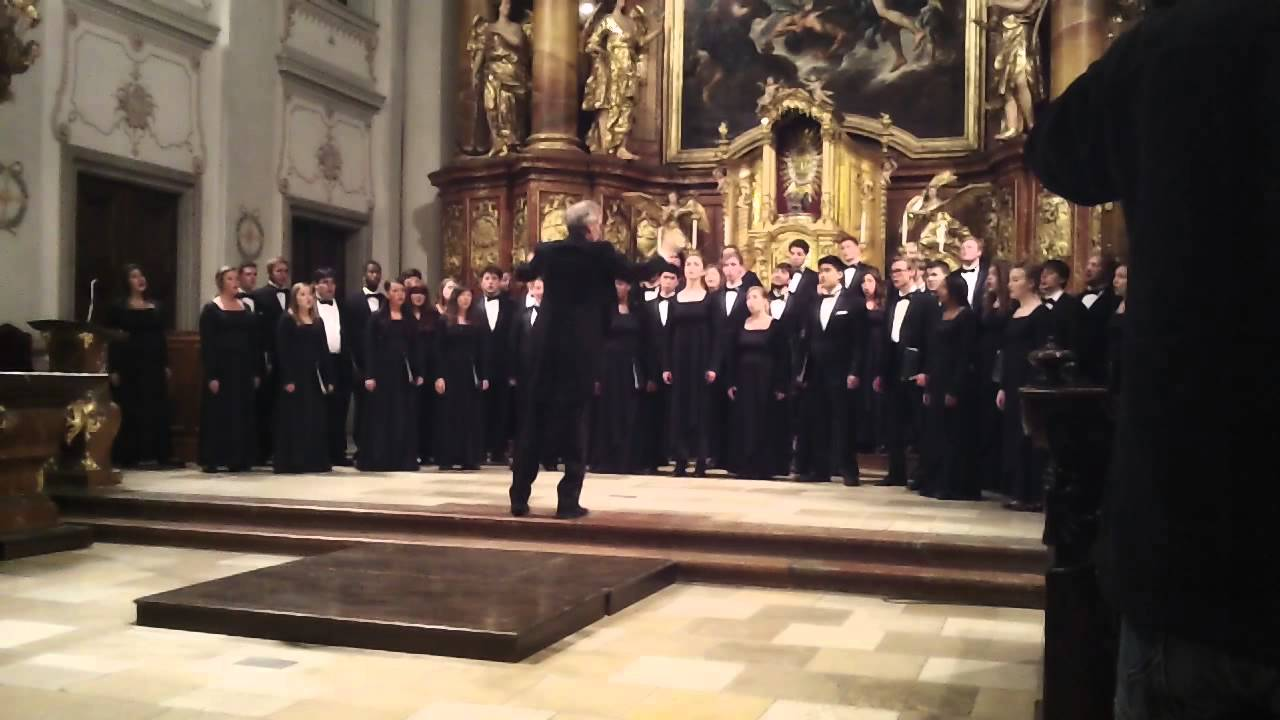 Looking for some Sunday music? Check out this performance by the University Singers of Mizzou from their trip to Austria and Hungary this summer! Full playlist: http://ow.ly/ApFXF