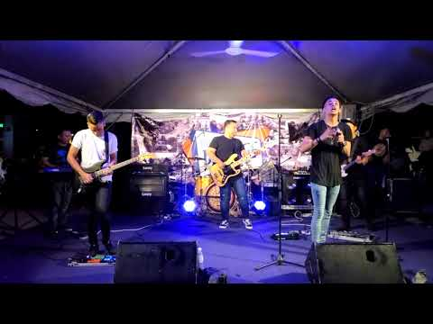 Nominos - Fall In Love (Live at Pahang Vintage Festival 2017)
