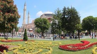 Средневековый собор Святой Софии в Стамбуле Medieval St. Sophia Cathedral in Istanbul