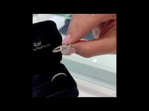2.5-ct-cushion-diamond-ring-w/matching-band