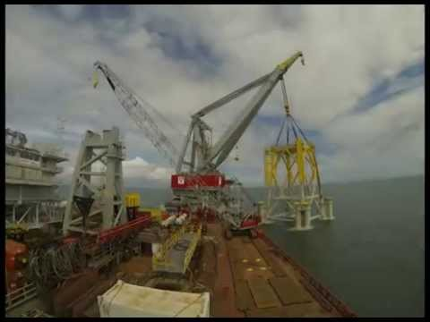 Offshore substation installation at Westermost Rough Offshore Wind Farm 2014
