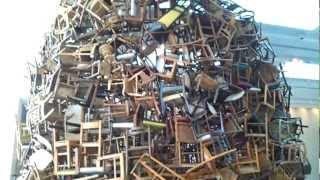 Art : Chairs for Abu Dhabi by Sheikha Salama Bint Hamdan Al Nahyan