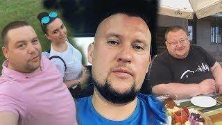 Смотреть видео Дмитрий Шилов.Митяй,Таня и Палыч посетили в Москве Фуд Сити.Как Даниловы отдыхают в Красноярске онлайн