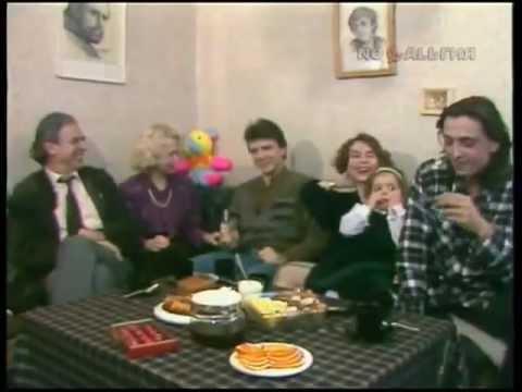 Пока все дома. Семья Лазаревых и Немоляевых (1994)
