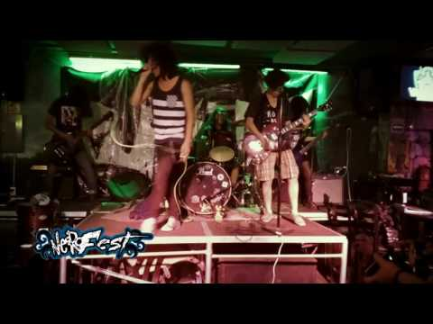 Faster! Friends Faster! - Home Alone LIVE at Valhalla Bar, Puebla 2016
