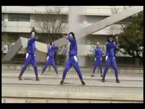 hantu-boyband-:-tarian-ultraman..lol