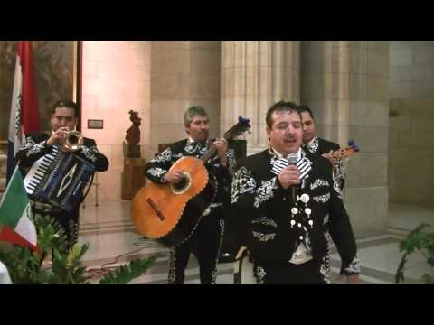 Mexican Folk Song  Santa Cecilia Mariachi Band on Cinco de Mayo