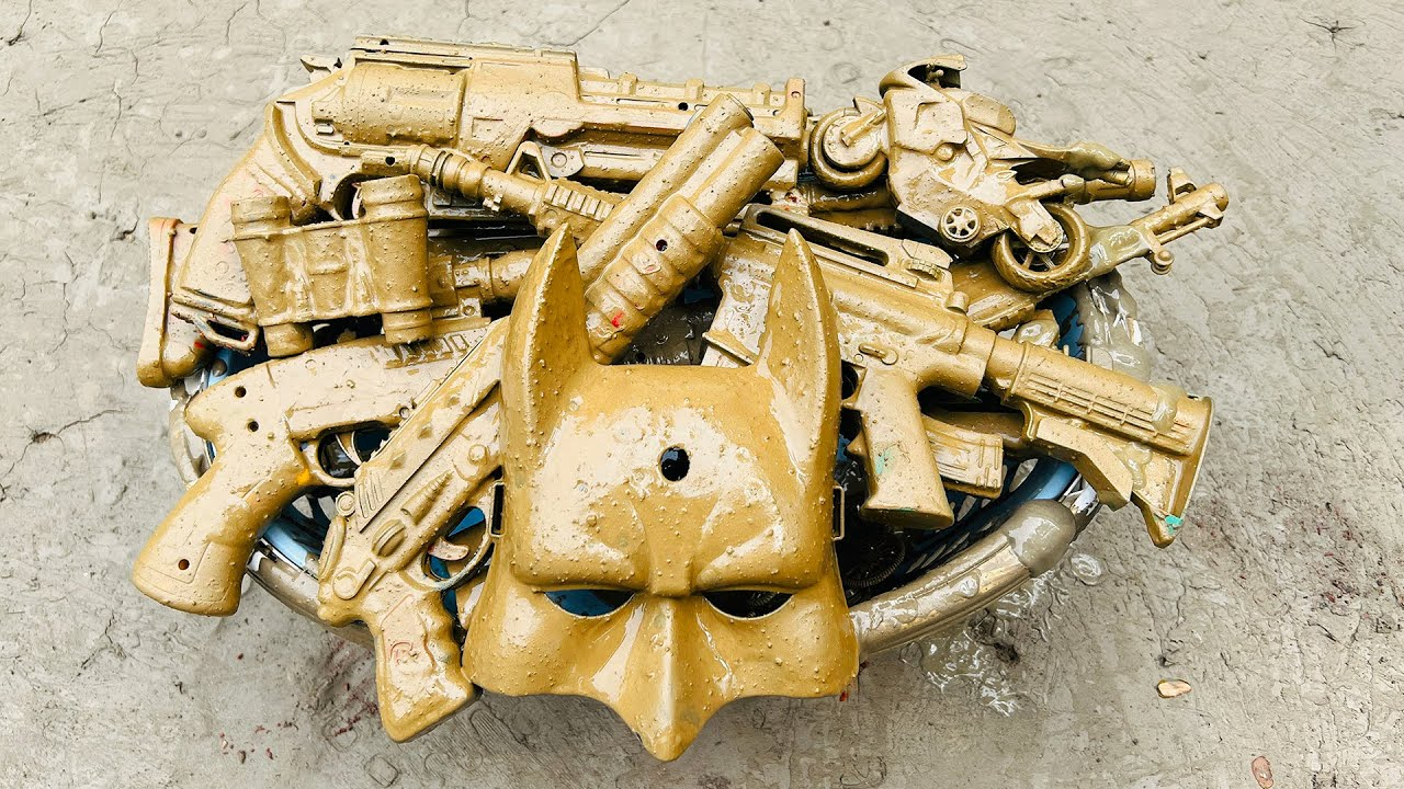 Looking for Guns & Equipment in Mud, AK47 Assault Rifle, Grenade, Binocular, Action Series Mask Box