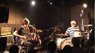 RUSH HOUR / BLACK BORDERS 2011年10月6日、渋谷LOOP ANNEXで行われたラ...