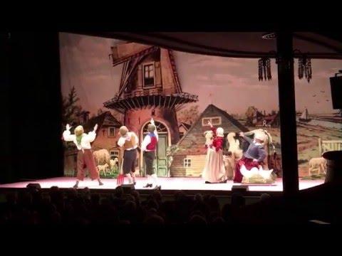 De Gelaarsde Poes - op het land - Ro Theater