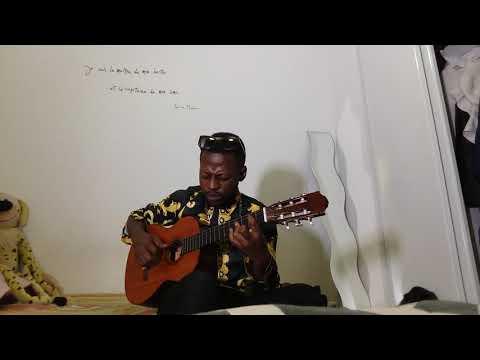 Frère God Yangala Interprète La Chanson De Maman Lydia Motema