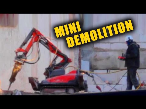 ROBOTIC DEMOLITION MACHINES INSIDE BUILDING # RC EXCAVATOR REMOTE CONTROLLED