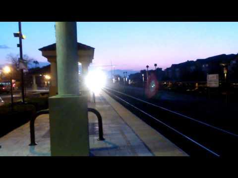 Late Metrolink Express blows through Fontana