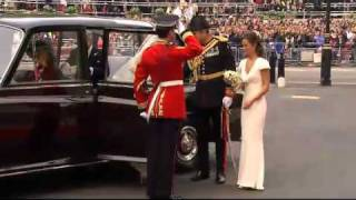KATE MIDDLETON WEDDING DRESS!! (WESTMINSTER ARRIVAL) ROYAL WEDDING PRINCE WILLIAM CATHERINE 2011 HD