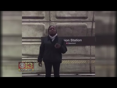 Video Of Woman Singing 'O Holy Night' In D.C. Metro Station Goes Viral