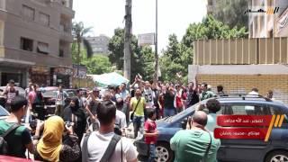 بالفيديو .. طلاب الثانوية العامة يتظاهرون أمام أمام مدرسة المنيرة بالجيزة