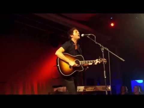 Nick Howard - Silly Love Songs/Use Somebody Medley - @dasBett, Frankfurt - 23-09-2015