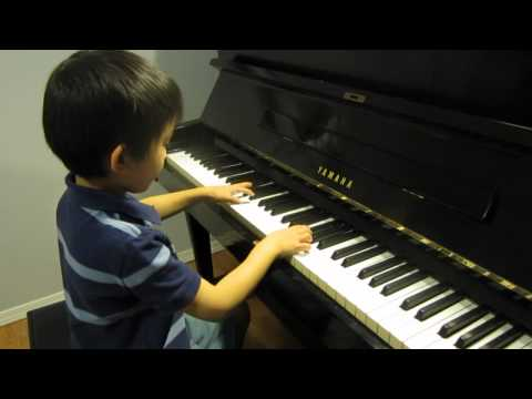 Alex (6) plays piano Angry Birds Theme Song