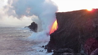 Kilauea Volcano lava stream at the Kamokuna ocean entry