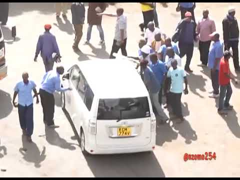Nairobi Business Community Protecting Their Businesses During Raila Swearing In