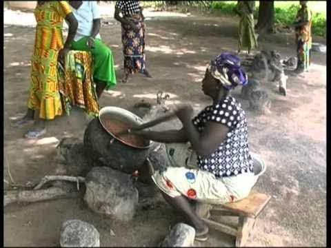 The making of organic Shea Butter in Ghana