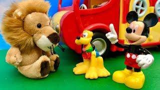 Myszka Miki i Lew  Pluto uciekajmy tam jest Lew  Bajka dla dzieci PO POLSKU