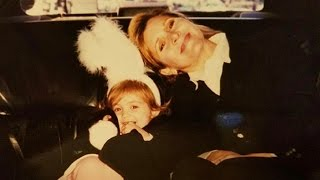 Billie Lourd Pays Touching Tribute To Late Mother Carrie Fisher With Emotional Throwback Photo
