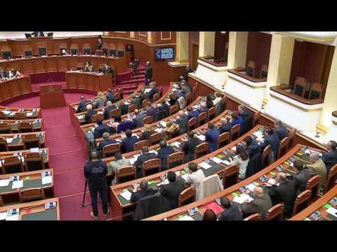 Pr.rezoluta në PE: Vetting, dekriminalizim dhe zgjedhje  - Top Channel Albania - News - Lajme