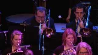 Gelders Fanfare Orkest: Walking With Heroes (Paul Lovatt-Cooper)