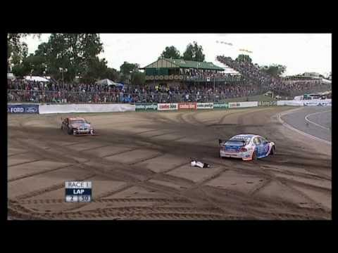 V8 Supercars : Barbagallo 2008 Race 1 Start Crash