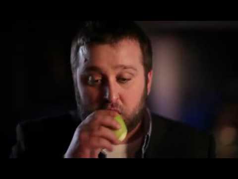 Bartender magic apples