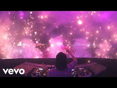 Avicii - Summer Tour 2013 Recap (VEVO LIFT)