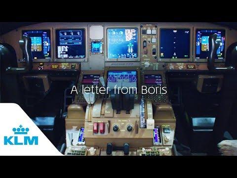 KLM geeft kind bouwdoos als prstunt
