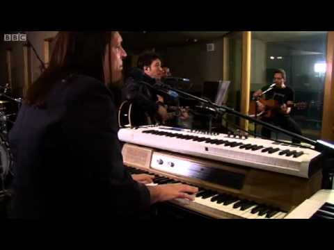 Avril Lavigne  What The Hell, in Radio 1s  Lounge  BBC