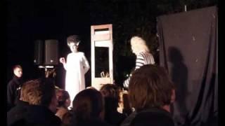Beetlejuice - Walibi World Fright Nights 18 okotber 2009 HD -DEEL 2