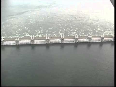 Oosterschelde Stormvloedkering - Eastern Scheldt Storm Surge Barrier