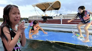Pretend Play Water Park on Giant Lake and Boat