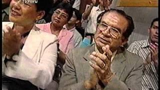 Ramón Aviles le canta Serenata a Oscar Aviles