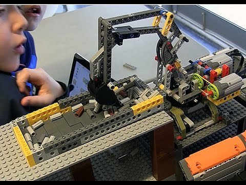 Lego WeDo and Technic Robotics Mining Centre Camp