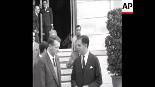 CAN 303 PRIME MINISTER OF SOUTHERN RHODESIA IAN SMITH ARRIVES TO LISBON