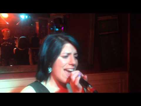 Aoife Doherty Sings Dirty Diana (Michael Jackson) @ Carraigoke (Karaoke @ The Carraig)