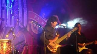 Mitades de Titere con el x vocalista de pegasso-Lindo amor.