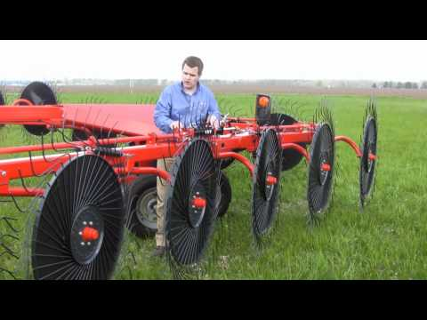Kuhn SR 300 SpeedRake Review With Ryan Pearcy