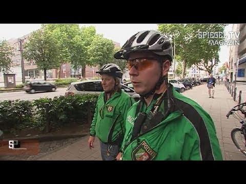 Stra enverkehr fahrradfahrer gegen den rest spiegel tv for Youtube spiegel tv