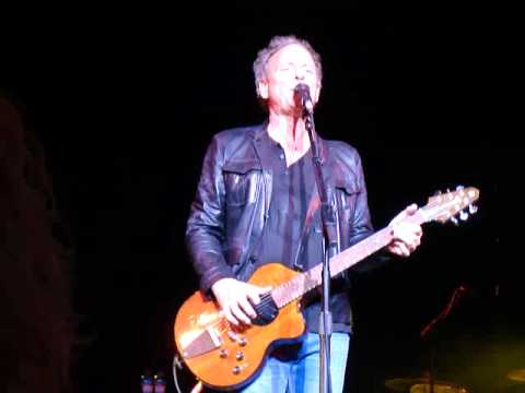 10. Second Hand News.  Lindsey Buckingham LIVE PITTSBURGH 9/20/2011 Carnegie Library Music Hall