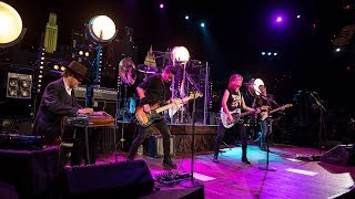 the pretenders on austin city limits middle of the road