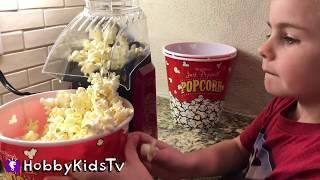 Air CRAZY POPCORN Maker! Batman + Superman Food Fight with HobbyKidsTV