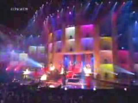 mustafa sandal bravo super show araba